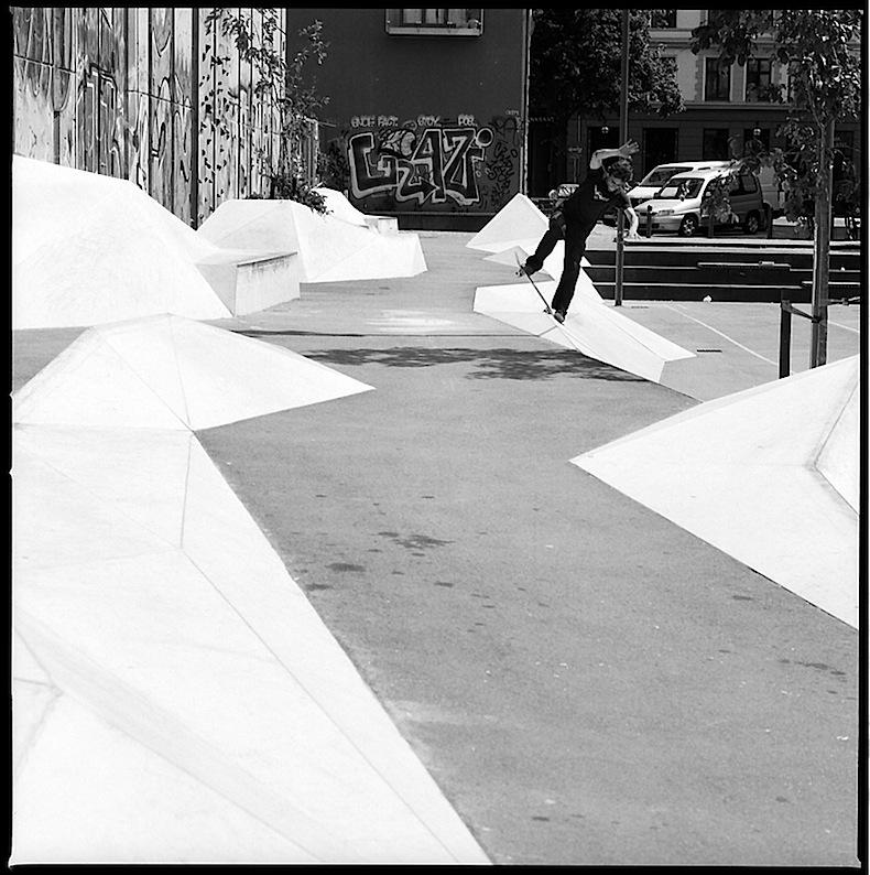 44flavours — Fies & Matschig Skateboard