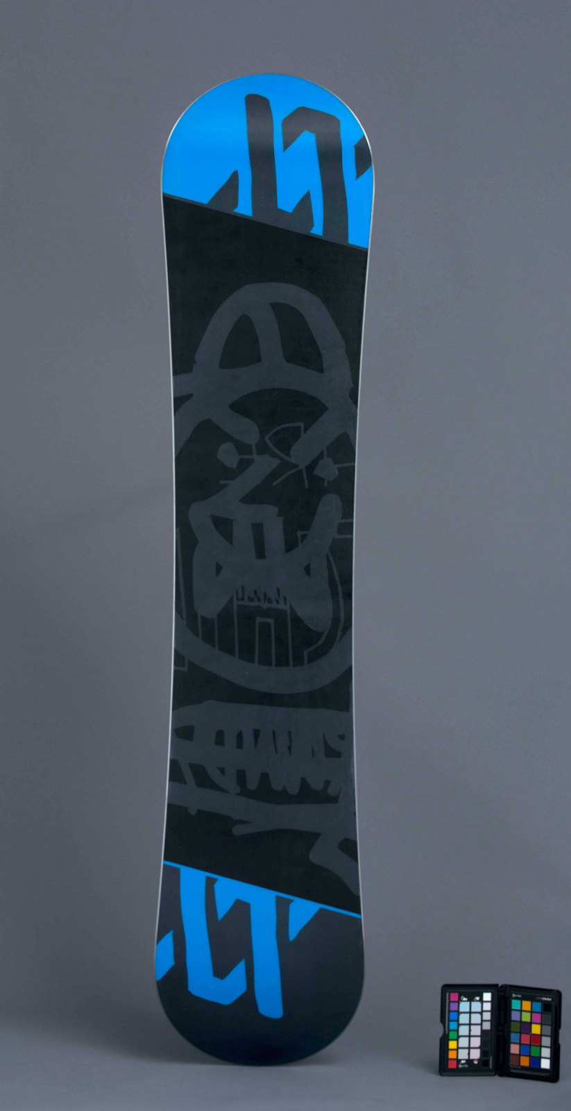 44flavours — Völkl Snowboards